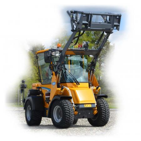 Wille 365 with the loader lift up to its peak position