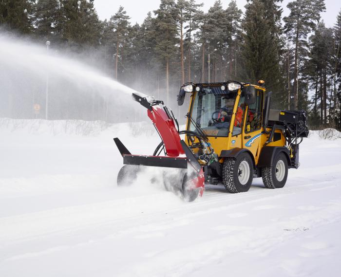 Wille 265 with Snow blower